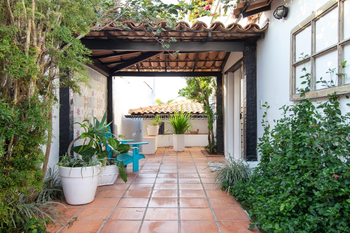 Casa Ossos – Cond. Village de Búzios